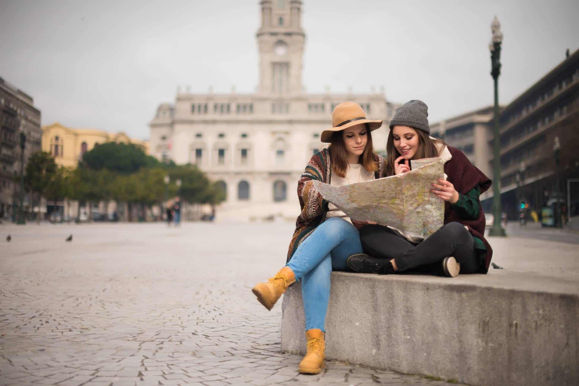 friends city travel winter