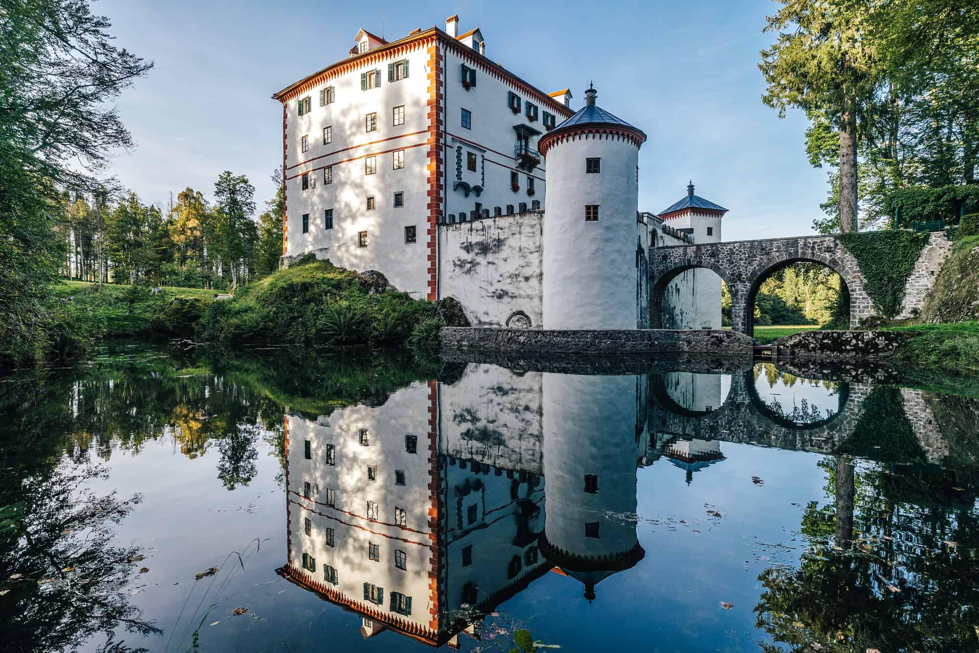 grad sneznik slovenija