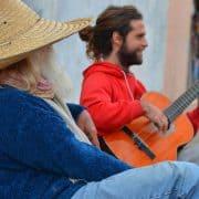 Cuba havana guitar couple