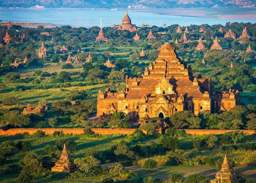 Budisticni tempelj