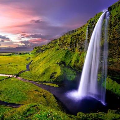 Iceland 1751463 6402