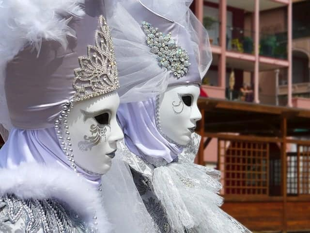 mask of venice 1803639 640