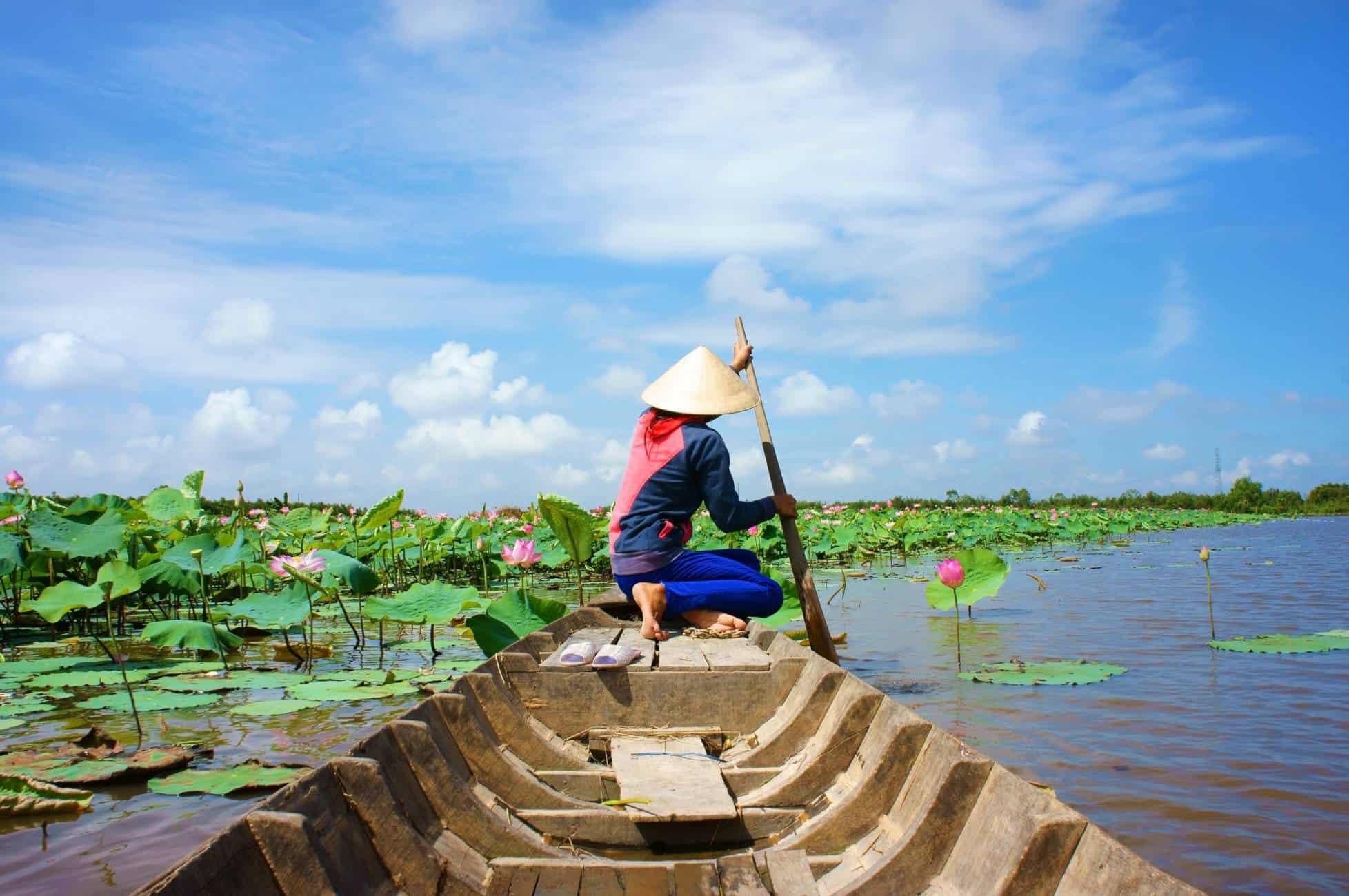 vietnam boat river local 2