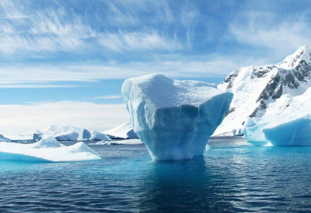 antarktika-15-pustolovscin-ki-si-jih-moras-privosciti-v-zivljenju