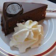 dunaj sacher cake 1280575 1920
