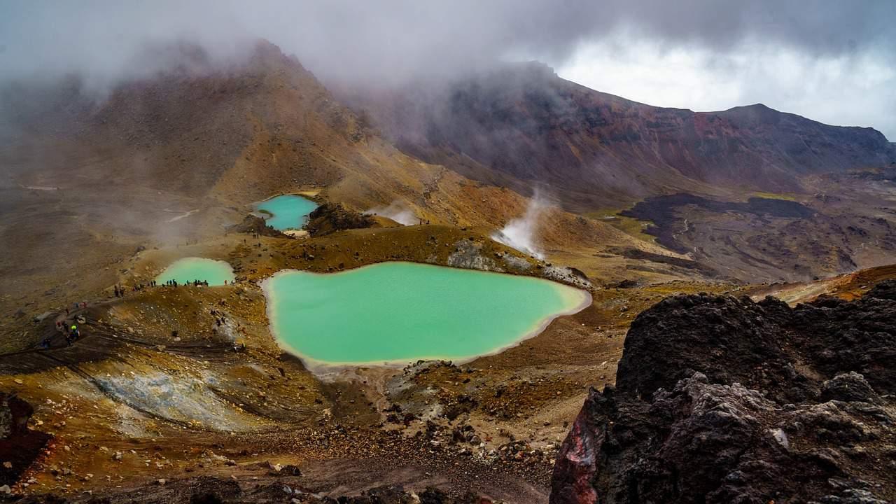 novi zeland emerald lakes
