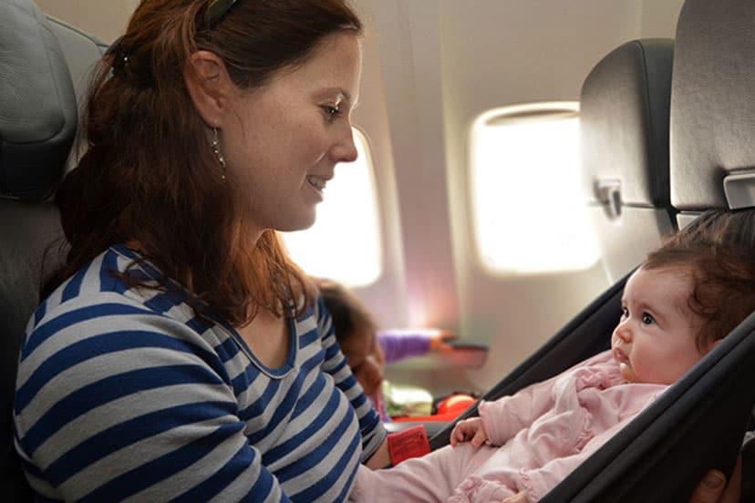 djeca u avionu