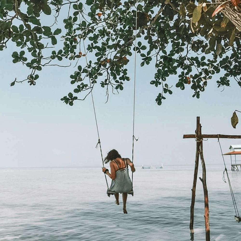 nomago travel instagram vietnam