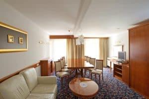 hotel kompas 4