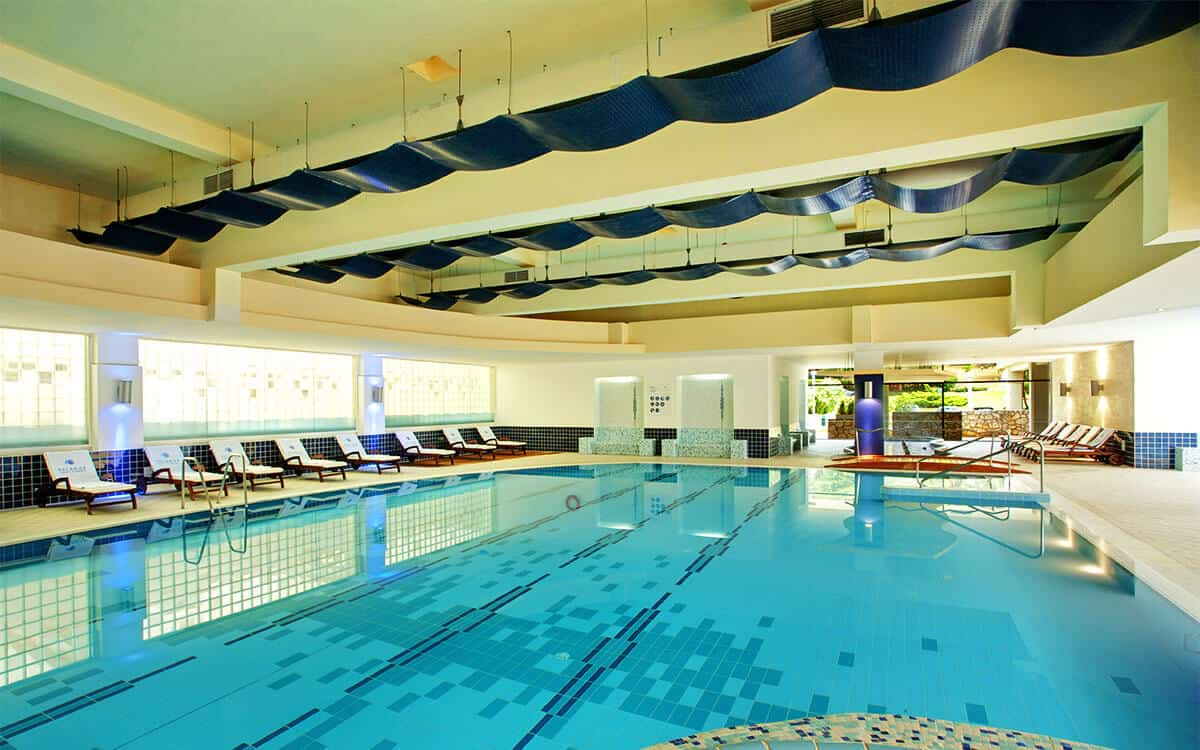 valamar diamant hotel pool3 overview l