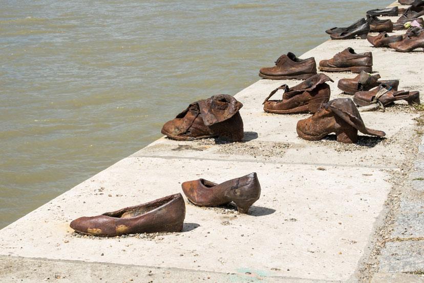 Cipele na obali Dunava, Budimpešta, InterCity