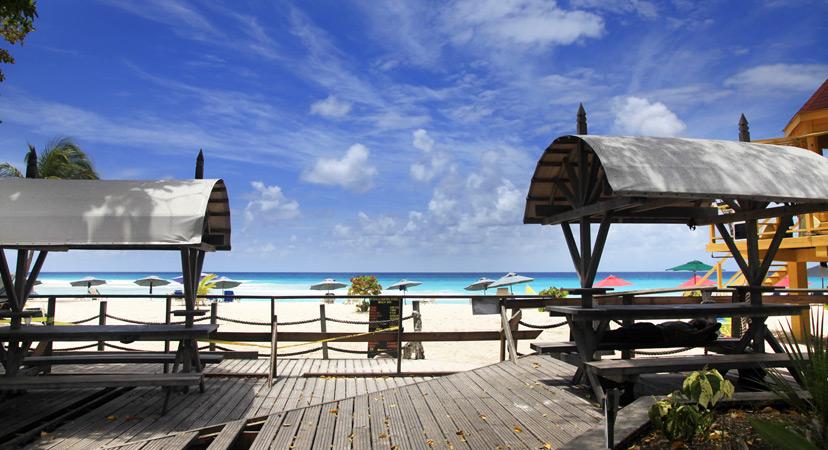 Putovanje na Rihannin Barbados, The Gap