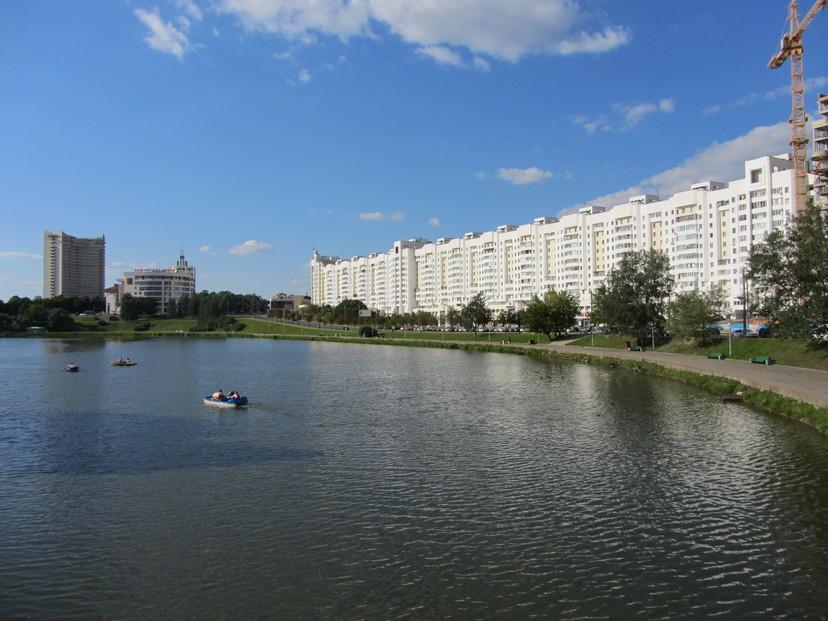 Na obali rijeke u Minsku