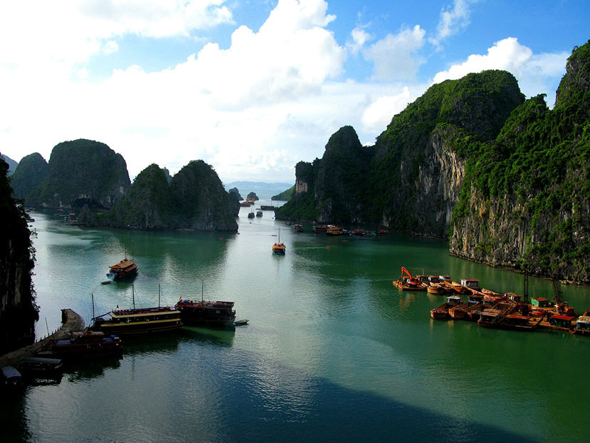 Ha long bay, Tajska